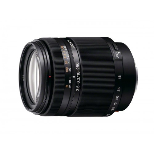 Sony DT 18-250mm F3.5–6.3